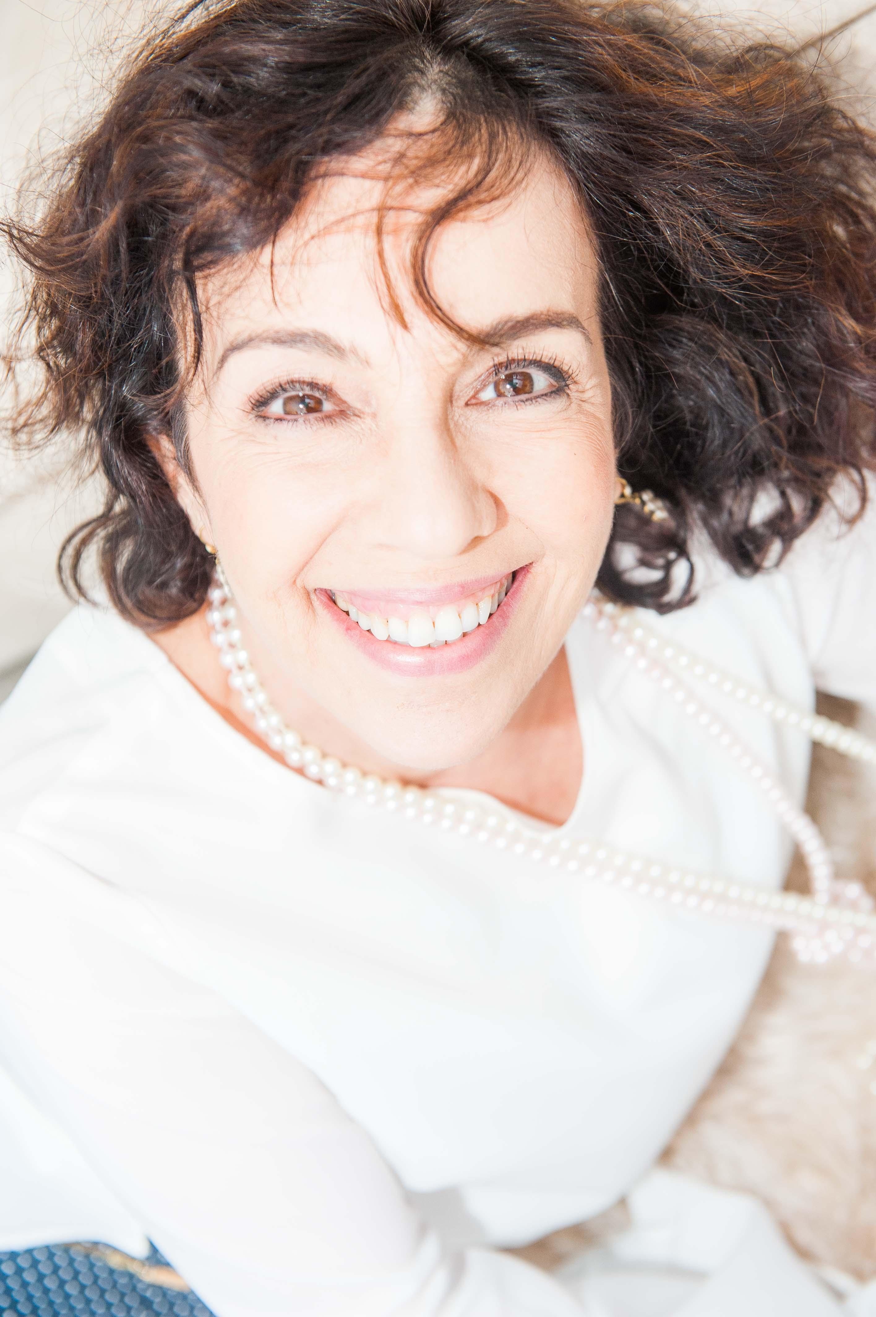 Ana Zalcberg